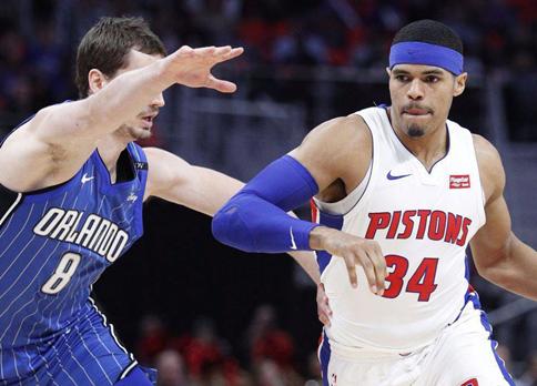 新老球员完全割裂,篮球快船队该怎么改造?