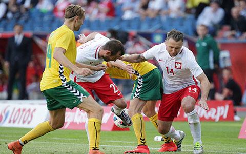 足球赛事:意大利足球传奇人物保罗·罗西去世,享年64岁