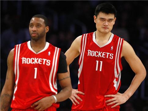 NBA中姚明和加索尔两位巨星谁厉害?